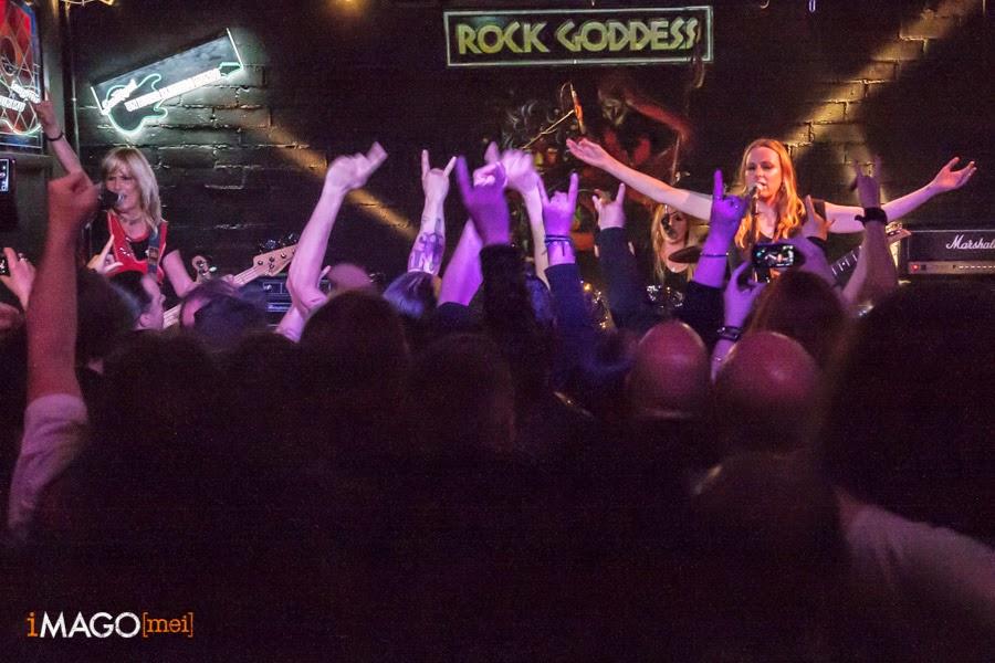 Rock Goddess a la Sala Monasterio
