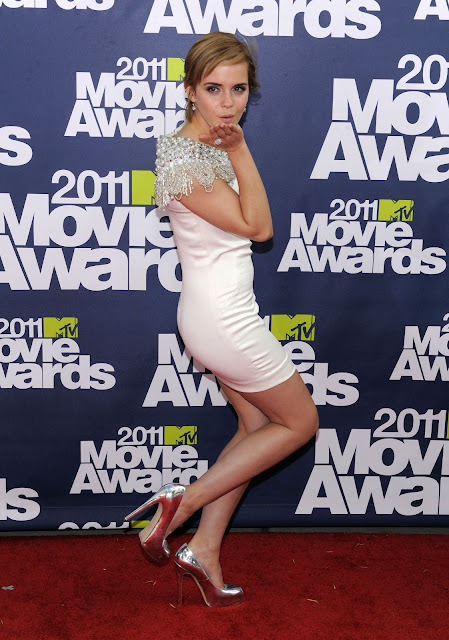 emma watson 2011 movie awards. Emma Watson – 2011 MTV Movie