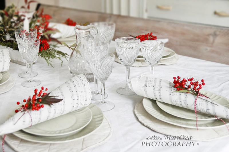 pranzo di natale in bianco e rosso
