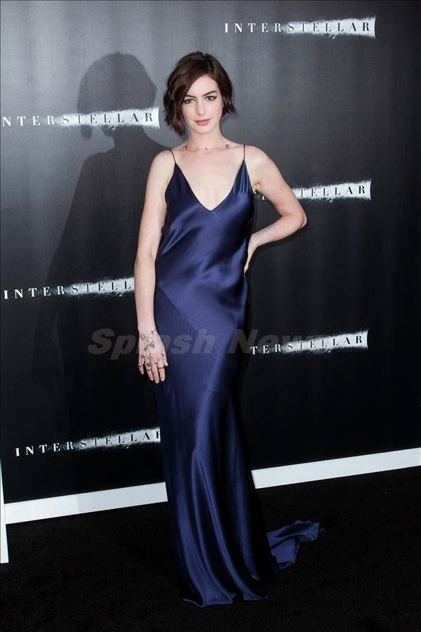 The people definitely got what they wanted, cause The Premiere of Interstellar bring out their fabulous name and fashion vocabulary all together in one destination. So it was of course going to go down as Anne Hathaway and Jessica Chastain emblazoning the event in the top point of garment at the TCL Chinese Theatre in Hollywood, USA on Sunday, October 26, 2014.