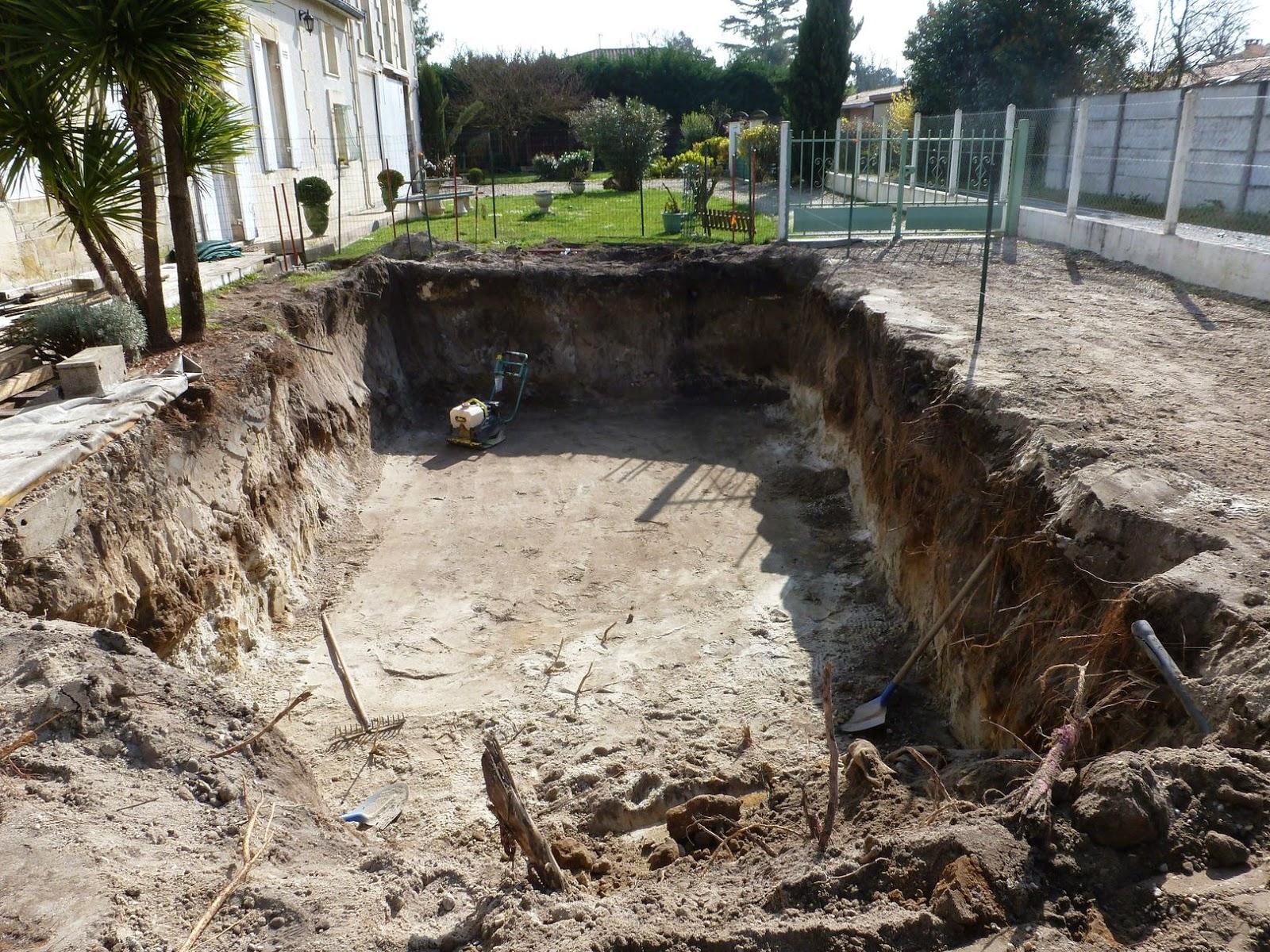 Projet tapes de construction d 39 une piscine en for Construction piscine 44