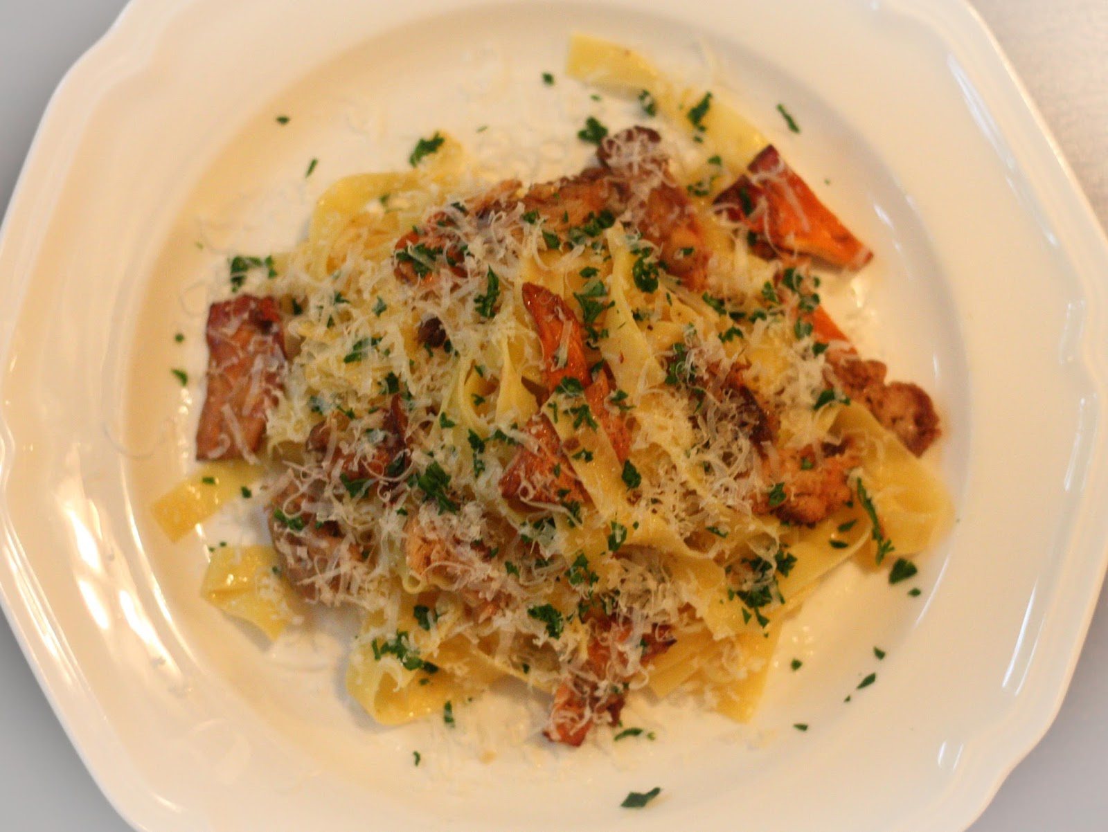 Truffle Butter Pasta the effervescent oenophile: tagliatelle with chanterelle and
