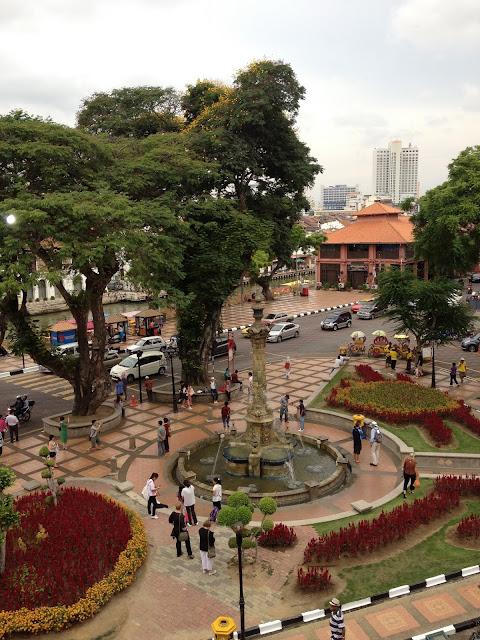queen victoria fountain , red square