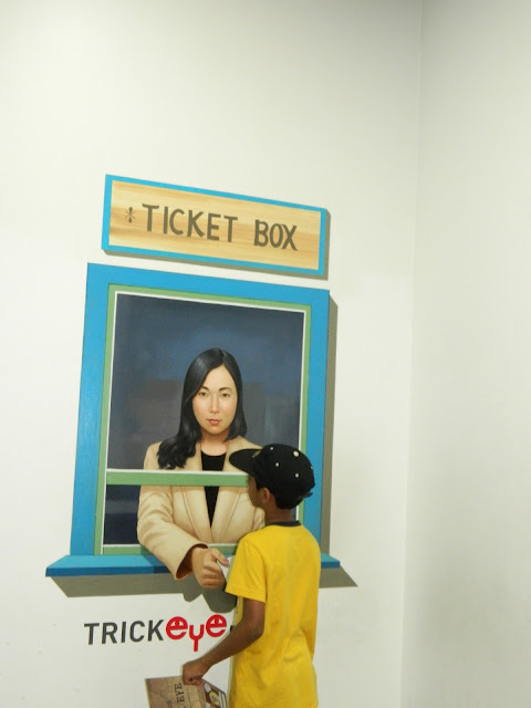 Fake ticket dispenser at the Trick eye museum