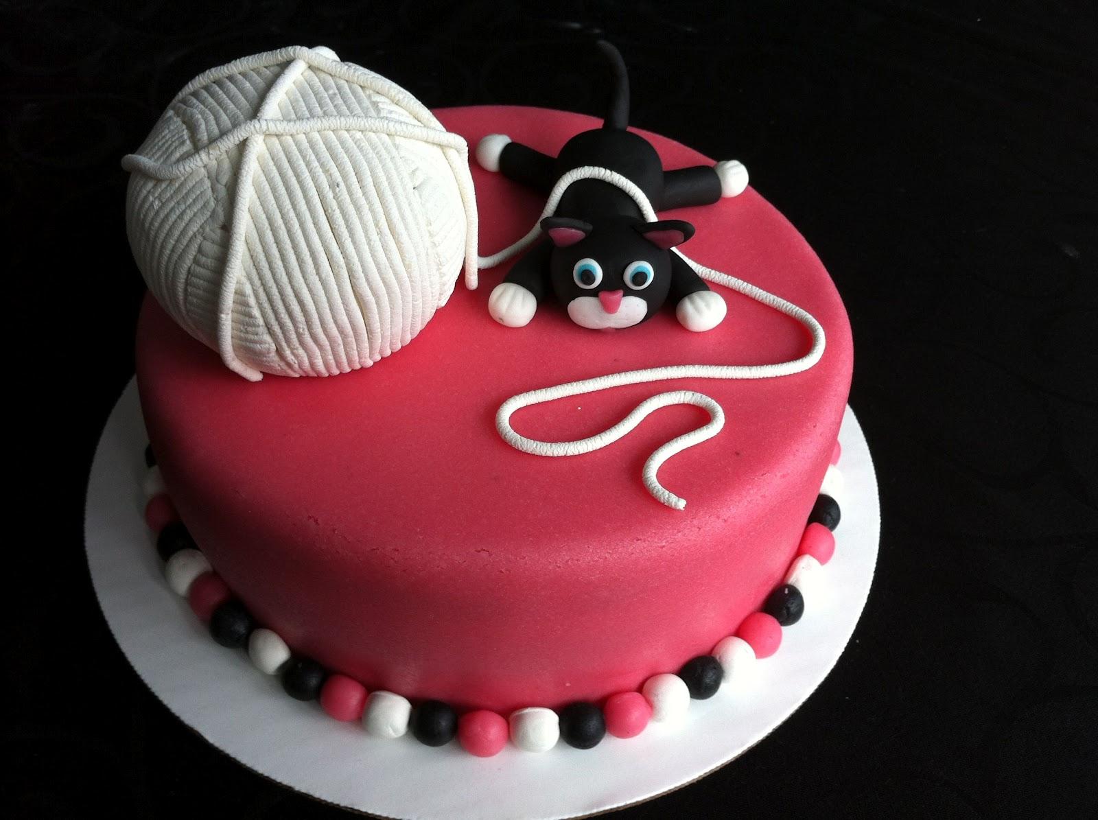 Mejuffrouw b verjaardagstaart for Taart en decoratie
