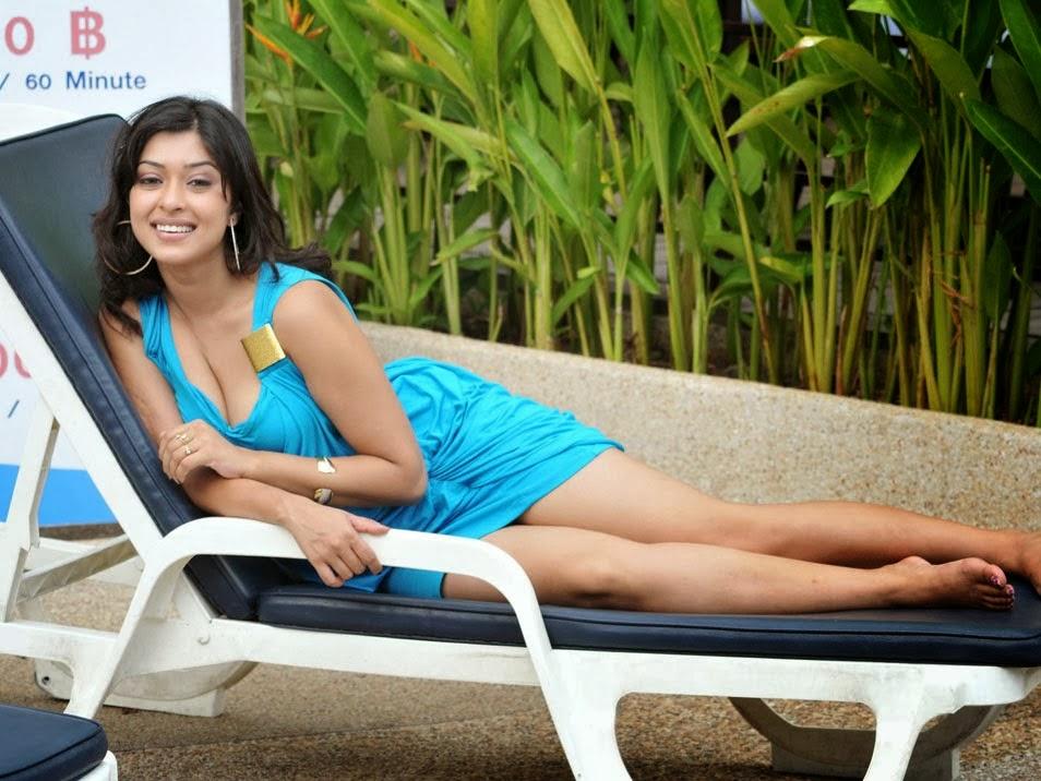Bangla sayuri hot pool