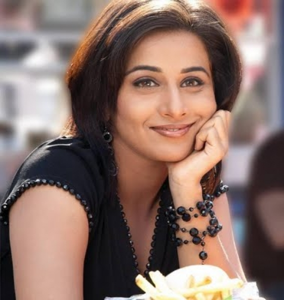 The Dirty Picture Actress Vidya Balan Latest Cute Photos Photoshoot images