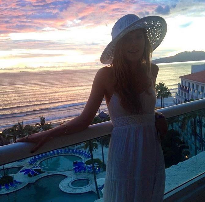 Bella Thorne Puerto Vallarta
