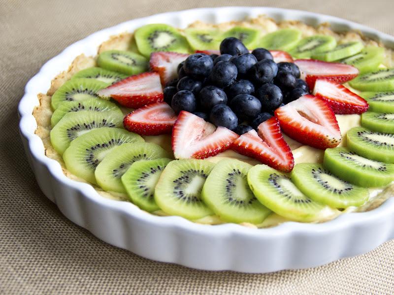Healthy Fresh Fruit Tart with Vanilla Pastry Cream