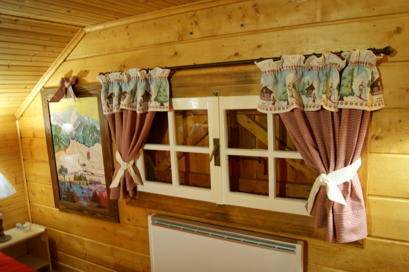 Dalla credenza della nonna tutti in montagna al fresco - Tende casa montagna ...