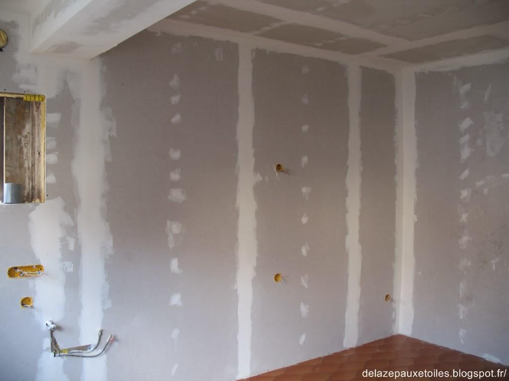 Reboucher un trou dans le placo enduit de rebouchage pte blanc axton kg with reboucher un trou - Reboucher trou mur placo ...