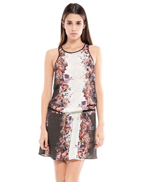 çiçek desenli kısa elbise