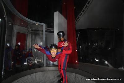 Ed flying at Ifly Dubai