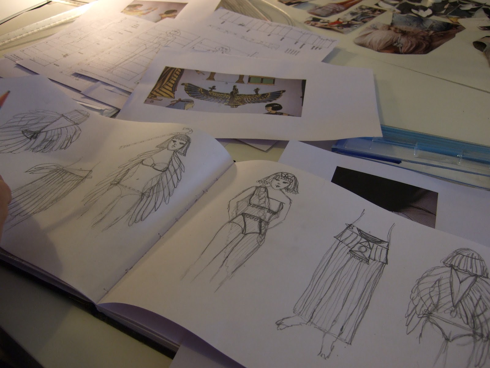 Fashion antidote: featured class fashion drawing and design ...