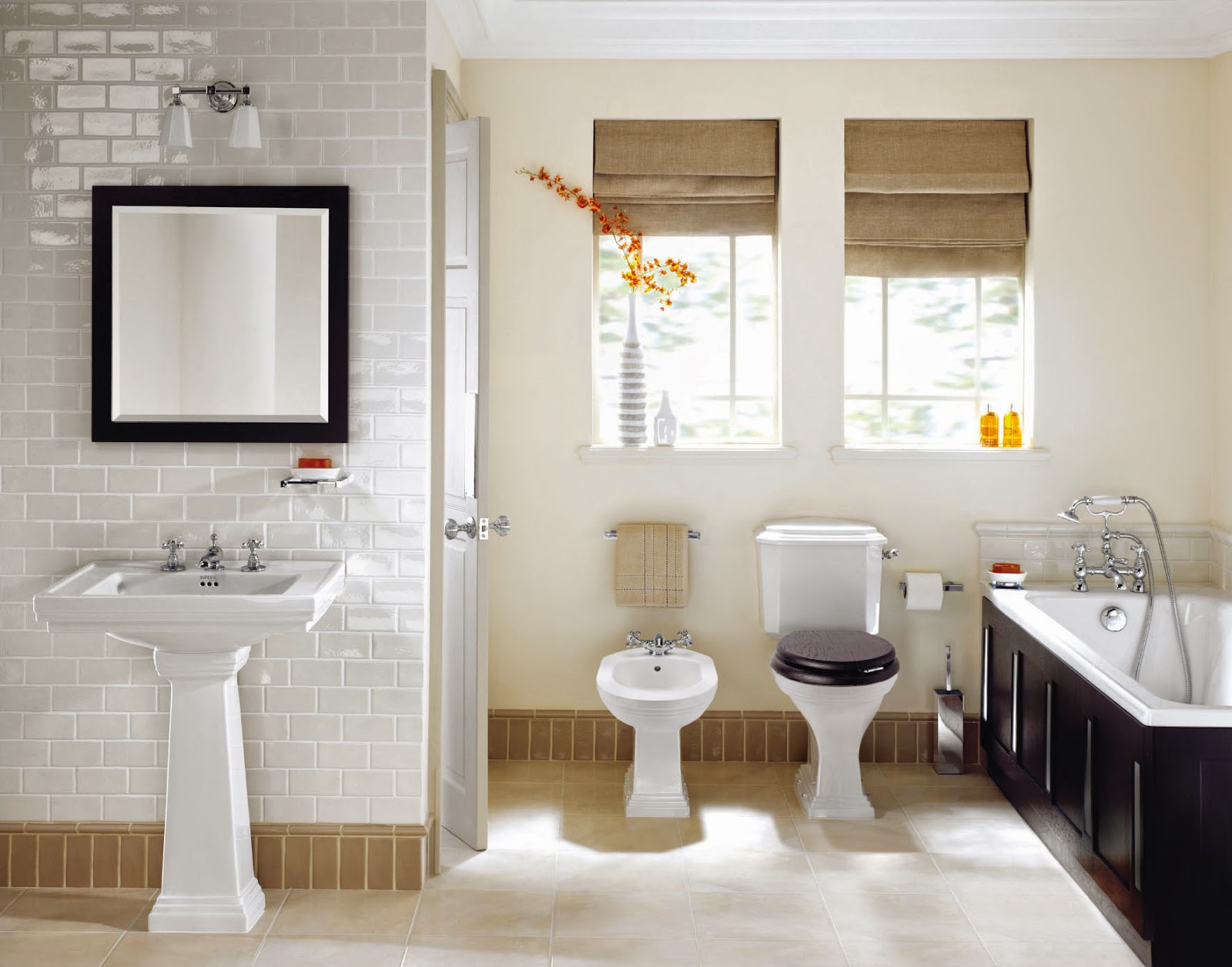 HOME OF HOMEMADE TREASURES Guest Post Make The Most Of The Small Bathroom