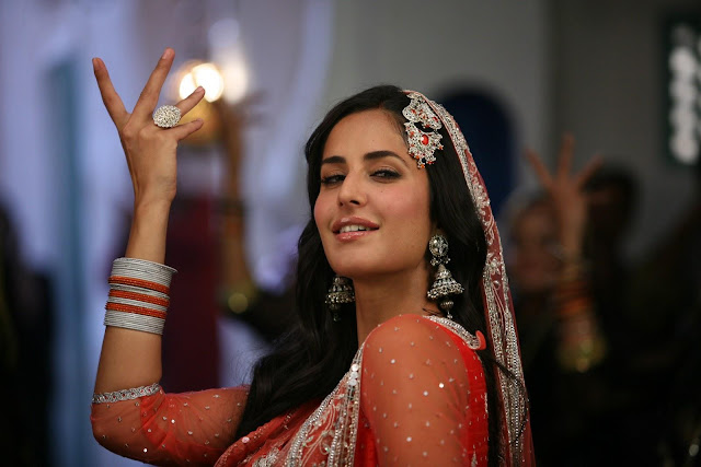 Chikni Chameli Katrina Kaif Latest Wallpaper for Agneepath Bollywood Movie