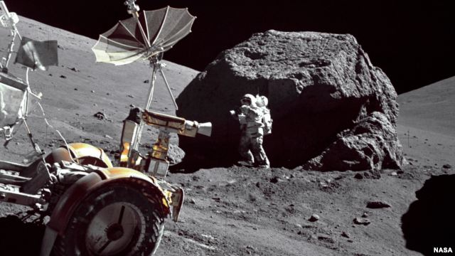 Golden Spike to Launch Moon Mission