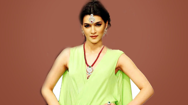 Beautiful Kriti Sanon HD Wallpaper