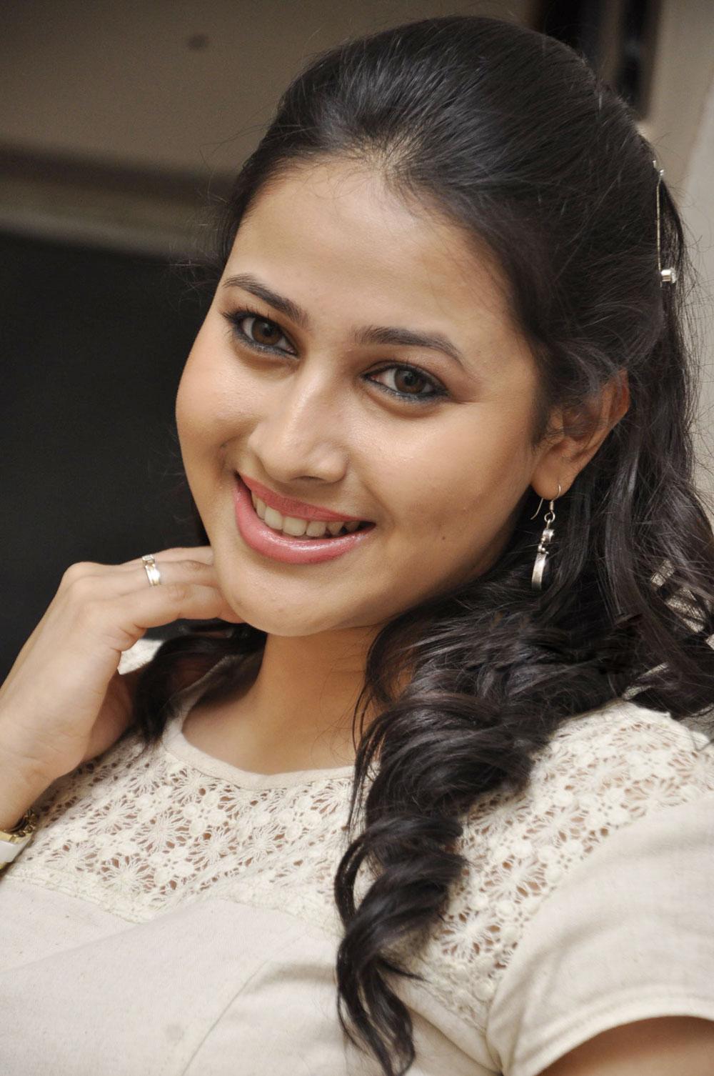 Shy actress panchi bora photos at movie trailer launch