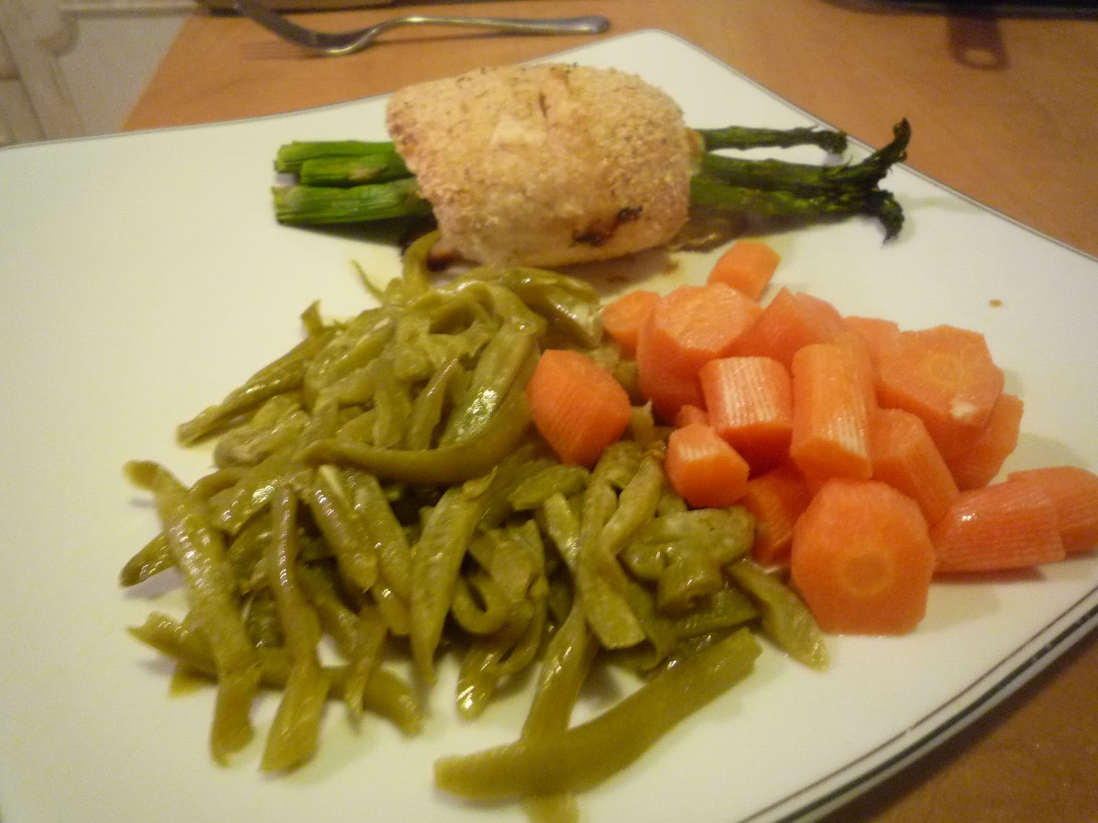 Busy Mom's Blog: Cheese and Asparagus Stuffed Chicken