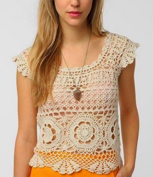 Blusa tejida al corchet con diseño calado y flores - con diagramas paso a paso