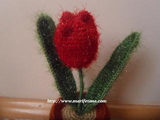 tığ örgü lale crochet tulip