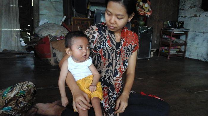 16 Tahap Perkembangan Bayi 4 Bulan Yang Sehat dan Normal