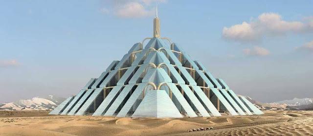 Piramide moderna no deserto