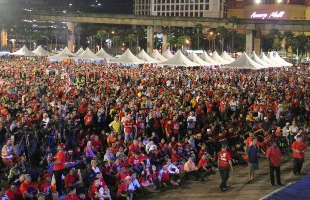 HIMPUNAN SAYANGAI MALAYSIA , HAPUSKAN KLEPTOKRASI SUKSES HIMPUNKAN RAKYAT PELBAGAI KAUM DAN AGAMA !