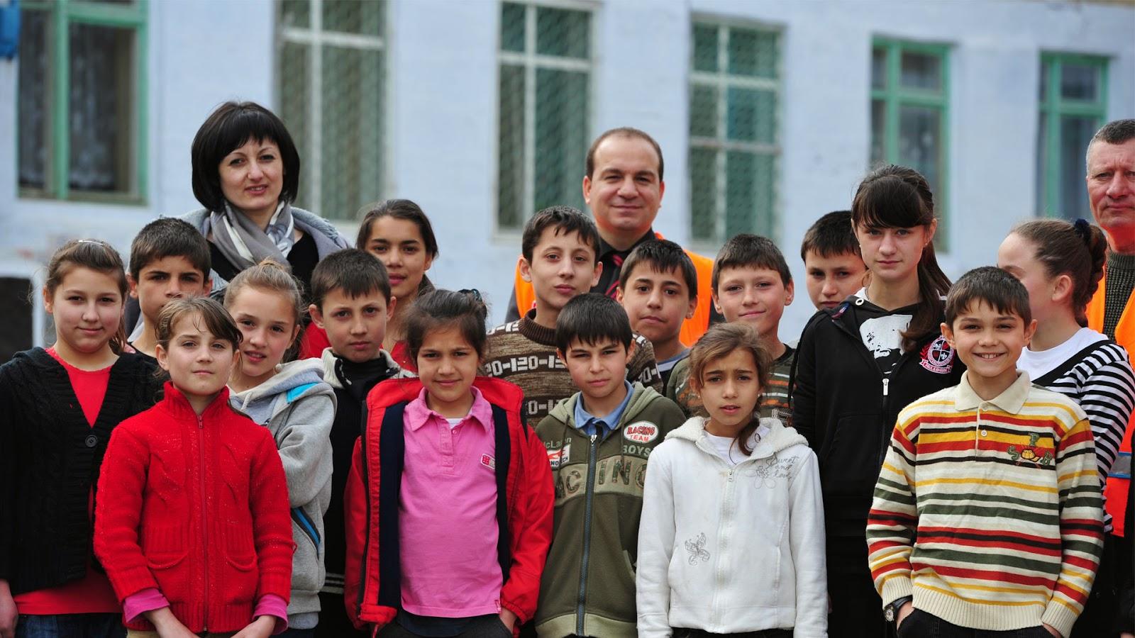 Kimse Yok Mu, Moldova, orphans