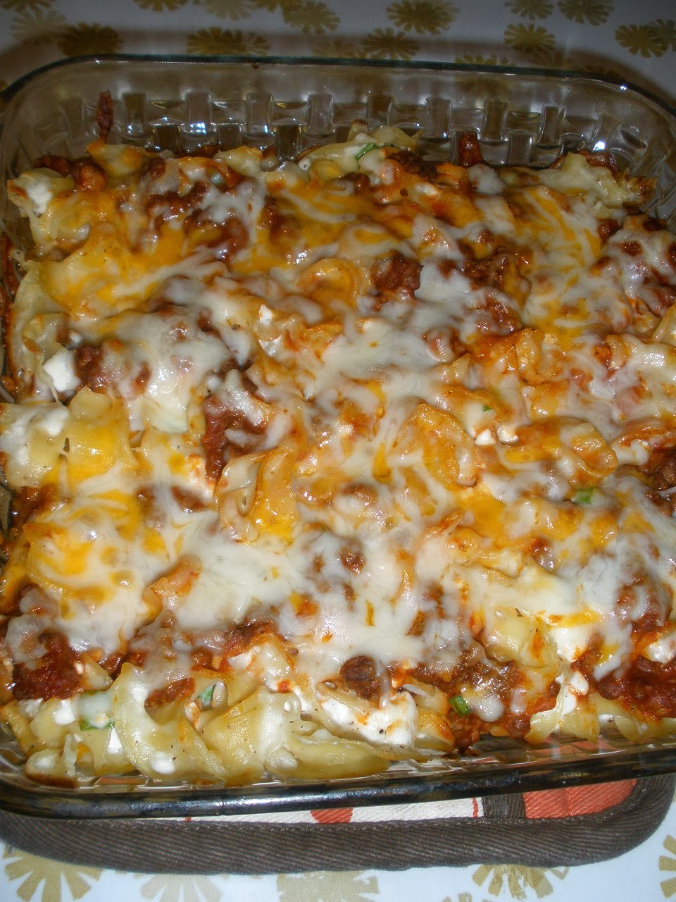 Rachel's Recipes: 'Sour Cream Noodle Bake' / 'Easy Lasagna'