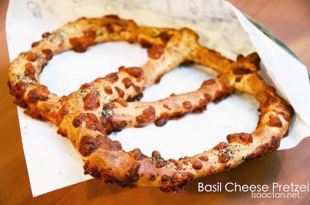 Basil Cheese Pretzel - RM6.90