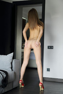 Sexy bitches - rs-linda_chase_22_27564_9-711928.jpg
