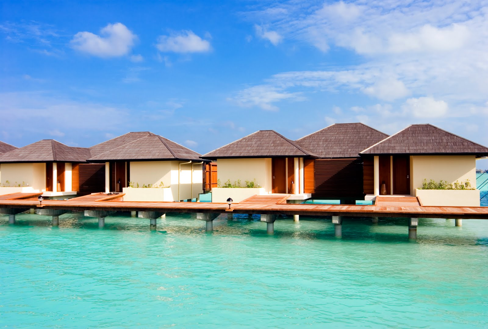 Download this Paradise Island Resort And Spa Maldives picture