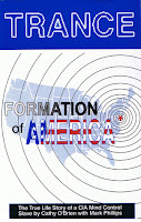 """Trance-Formation of America"" por Cathy O'brien e Mark Phillips"