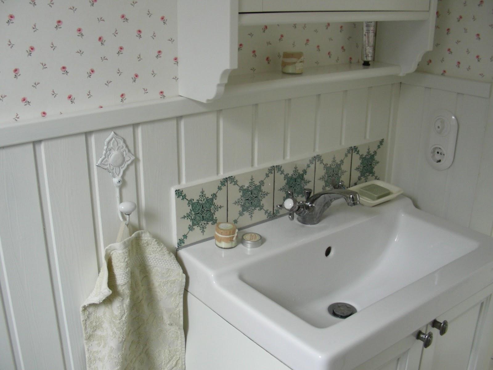 shabby home das g stebad. Black Bedroom Furniture Sets. Home Design Ideas