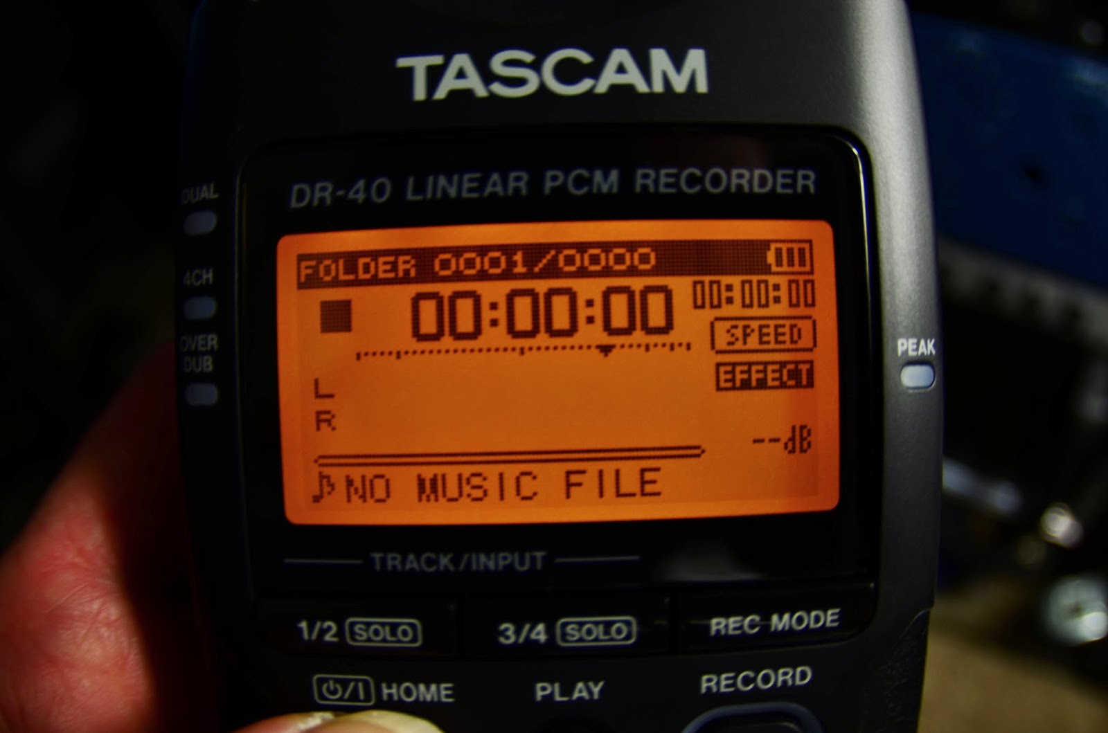 trenton blizzard tascam dr-40 display