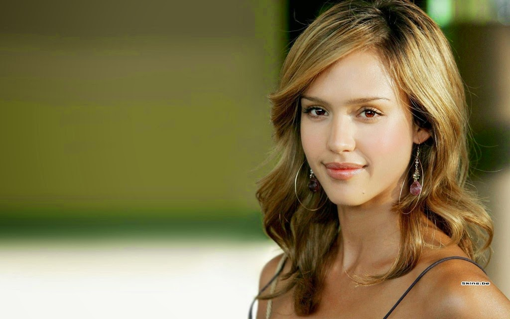 Jessica alba smile photo for desktop
