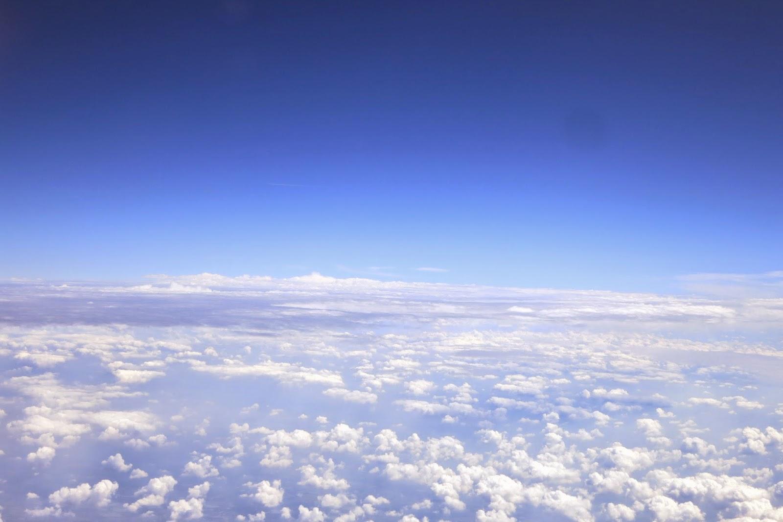fly away,partir,avion,nuages