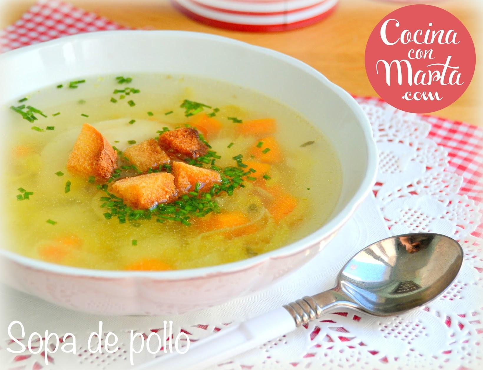 Sopa o caldo de pollo, receta casera, tradicional, cura resfriados, catarros, enfríamientos, remedio casero, fácil, rápida, Cocina con Marta