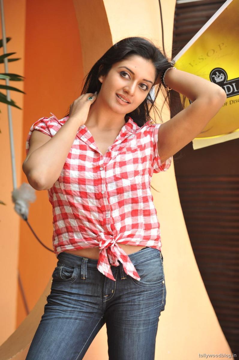 vimala raman photo shoot session stills