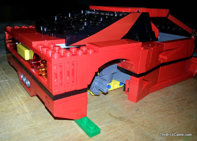 LEGO Ferrari F40 set 10248 build supports