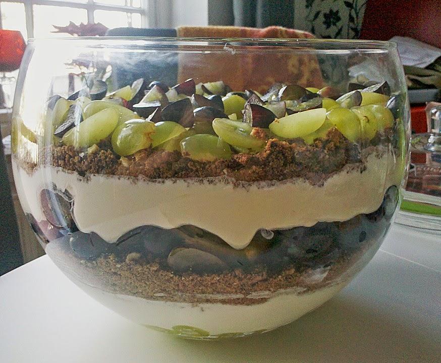 kitchen love my love dessert mit weintrauben. Black Bedroom Furniture Sets. Home Design Ideas