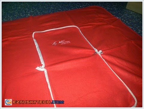 TGV Cinemas 2 In 1 Pillow Blanket