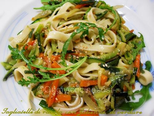Oggi vi cucino cos tagliatelle alla rucola con julienne for Verdure alla julienne