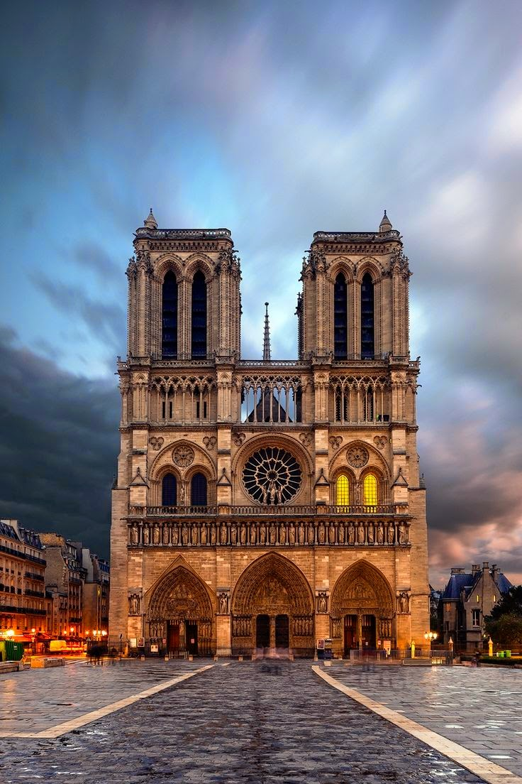 Top 10 places to visit in france photos hub for Best places to stay in south of france