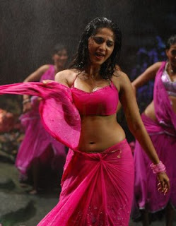 actress anushka hot pics