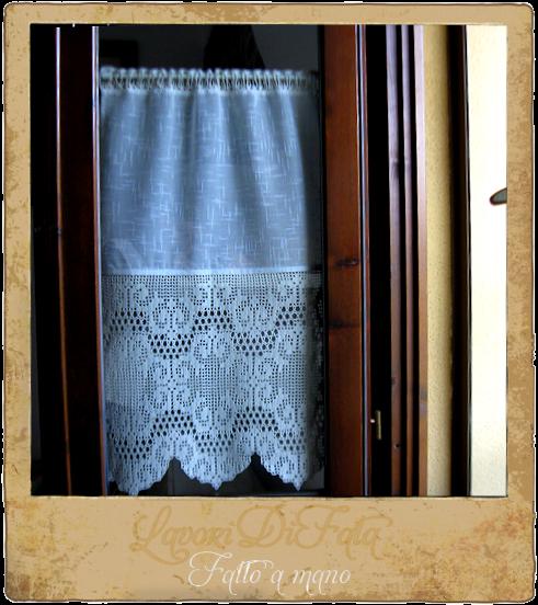 LavoriDiFata: Tende cucina - tessuto e uncinetto
