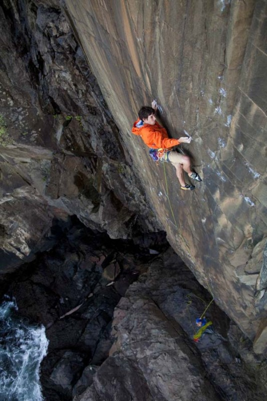 Wallpapers Of Daring Climbers and Pictures