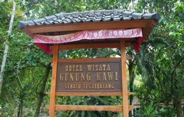 Ritual Pesugihan Gunung Kawi
